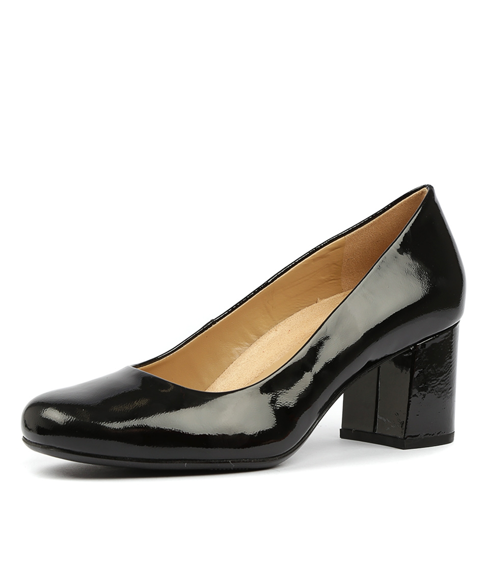 5a7637eaad57 WHITNEY N BLACK PATENT LEATHER by NATURALIZER - at Styletread