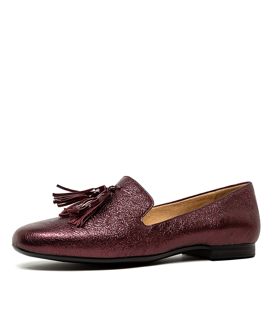 5db9ba9c104 ELLY N BORDO SPARKLE LEATHER by NATURALIZER - at Styletread