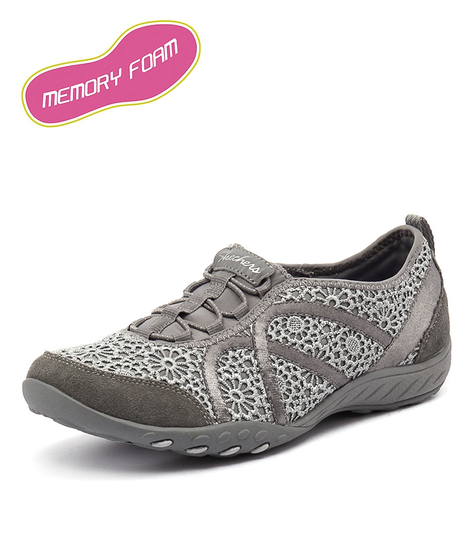 805d1be05513 22527 BREATHE EASY MEADOWS GREY SMOOTH by SKECHERS - at Styletread