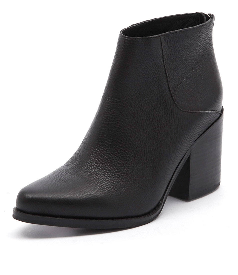 a3adce245ad2d4 LEO BOOT BLACK BLACK LEATHER by SOL SANA - at Styletread